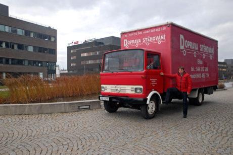 Mercedes skříň - stěhování Brno Eliáš
